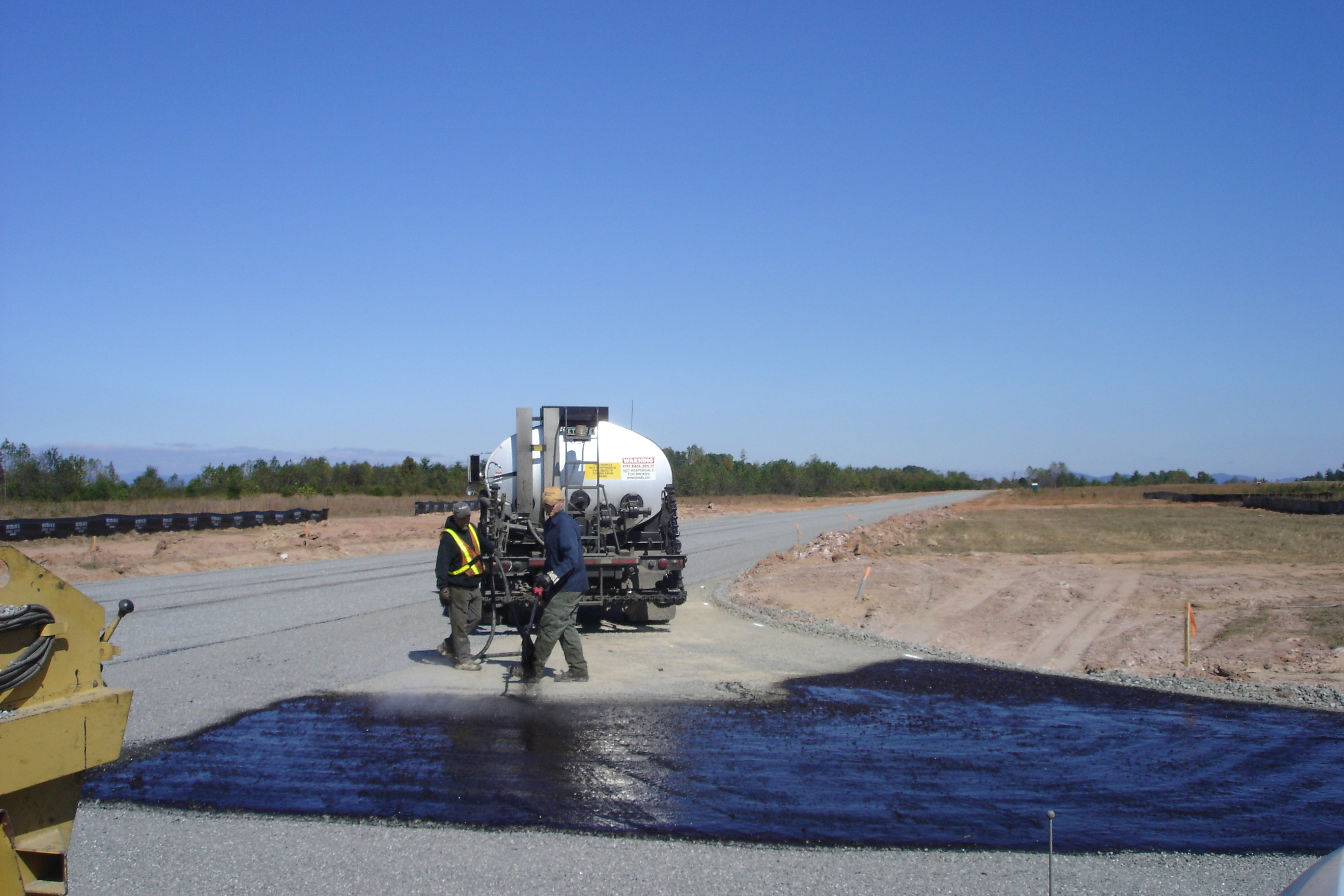 Paving 2005 (Airport) 061