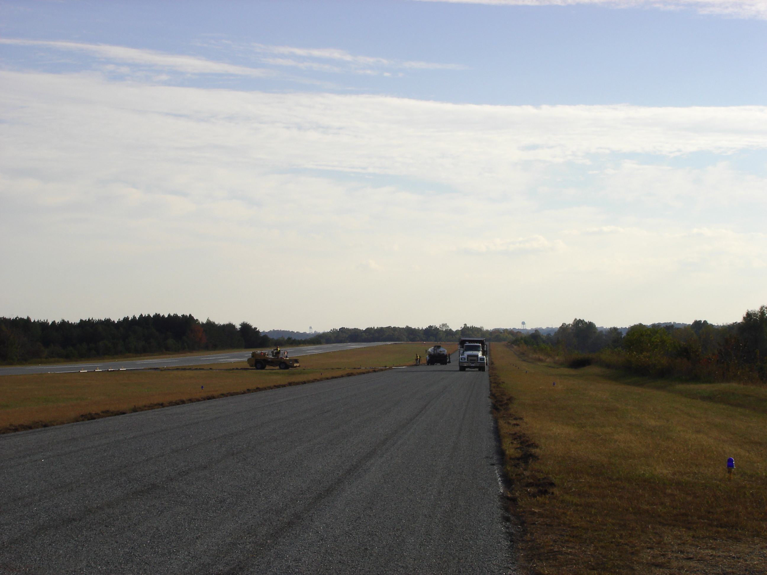 Paving 2005 (Airport)-2 001